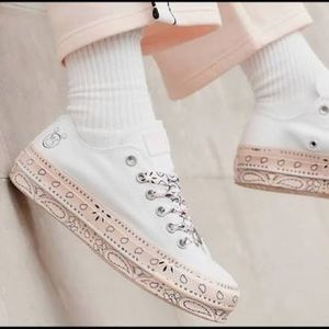 Conv&Miley CTAS Lift OX White Pink Dogwood W